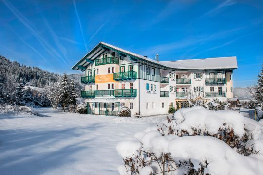 Crystls Aparthotel is located directly on the ski lift, right in the center of Flachau.