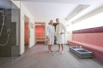 The modern wellness area is characterized by its top facilities.